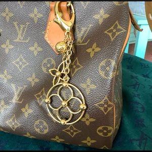 💯Louis Vuitton Bloomy Bag Charm🌸🛍